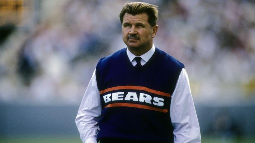 Legendary Bears coach on where national anthem kneelers should go