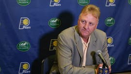 Larry Bird bears shocking resemblance to this tomato, NBA fans say
