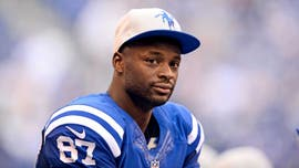 Former Colts WR Reggie Wayne says Patriots were 'best job ever' after he kept $450G signing bonus