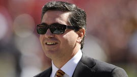 Redskins' minority owners looking to sell stakes amid name-change dilemma: reports