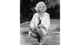 Marilyn Monroe's 1922 Jewish prayer book up for sale