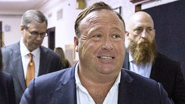 Texas prosecutors drop Alex Jones' drunken driving charge