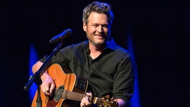 Blake Shelton admits he agreed with critics of his 'Sexiest Man Alive' cover in 2017