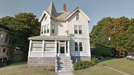 Massachusetts home where Lizzie Borden lived is selling for $890G