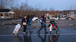 Powerful storms smash towns across Midwest, South