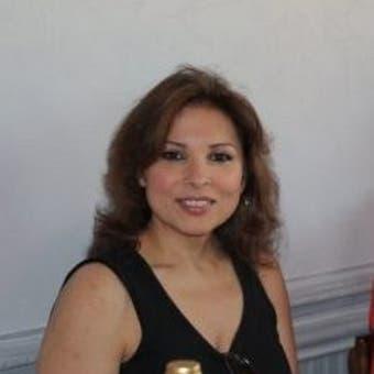 Elizabeth Llorente