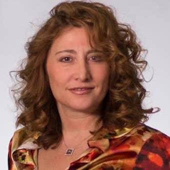 Sharon Kehnemui