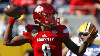 Lamar Jackson responds to criticism that he has 'no shot' to play QB in NFL