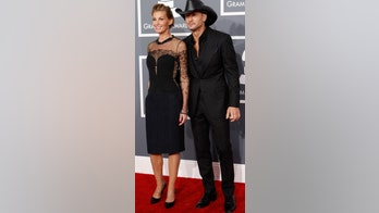 Faith Hill shares shirtless photo of Tim McGraw