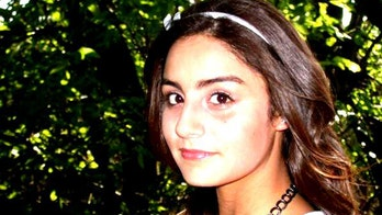 High School Girl Tweets 144 Times Before Committing Suicide