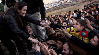 Opinion: Angelina Jolie's transparency sheds light on standard but unknown procedure for high-risk women