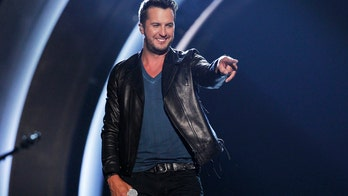 'American Idol' judge Luke Bryan sings duet with previous Make-A-Wish teen during audition