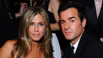 Jennifer Aniston, Justin Theroux reunite to mourn beloved dog in ceremony