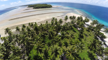 Small islands use big platform to warn of climate change
