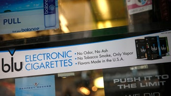 Heart group says e-cigarettes might help smokers quit