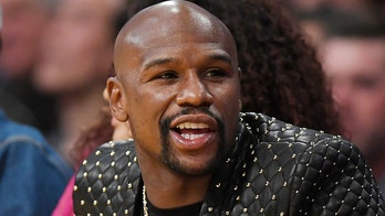 Floyd Mayweather under investigation for alleged assault outside Miami hotel before Super Bowl