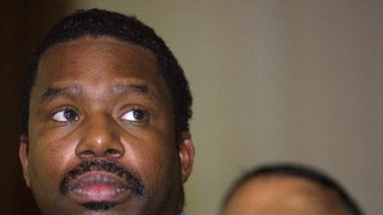 """Black Chicago Mayoral Candidate Backtracks off """"Minorities"""" Comment"""