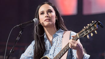 2019 Grammys: Kacey Musgraves, Shawn Mendes, Demi Lovato and more react