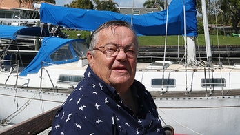 Retired physician sells his boat for $1 to young couple who sank their sailboat in 2 days