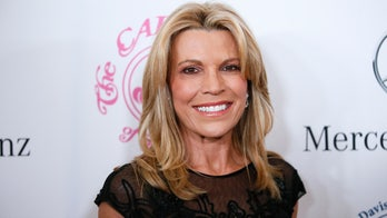 Vanna White praises Alex Trebek's strength, 'will to conquer' amid pancreatic cancer battle