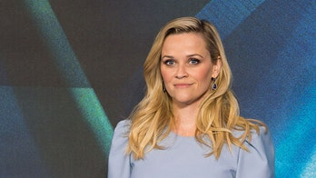 Reese Witherspoon reacts to 'Election' co-star Jessica Campbell's death