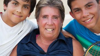 Hispanic Heritage Month: Rosie Casals, Tennis' Salvadoran Spitfire