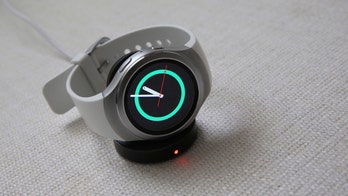 Samsung, others seek piece of nascent smartwatch market