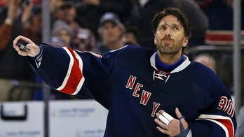 Caps goalie Lundqvist to miss season with heart condition