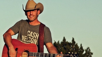 Aaron Watson: Thankful for my courageous veteran father