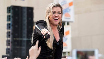 Kelly Clarkson reveals secret to her extreme weight loss doesn't involve exercise