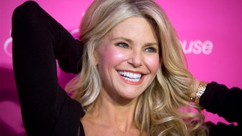 Christie Brinkley finally gets new hip after 1994 helicopter crash
