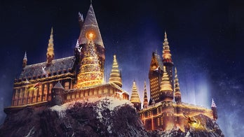 Christmas is coming to the Wizarding World of Harry Potter at Universal