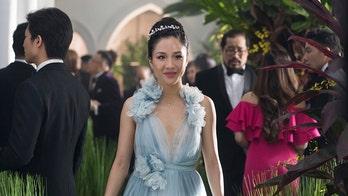 'Crazy Rich Asians' has third straight week at No. 1