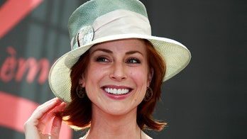 'Law and Order' star Diane Neal says magician ex physically, sexually abused her, slashed poodle's throat