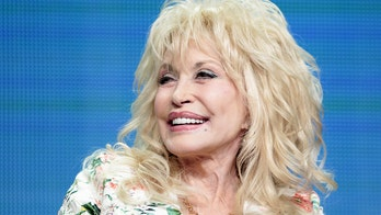 Dolly Parton celebrates Tennessee's reopening amid pandemic at Dollywood, performs 'Coat of Many Colors'