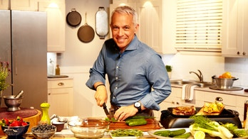 Food Network's Geoffrey Zakarian dishes on fellow celebrity chefs' signature styles