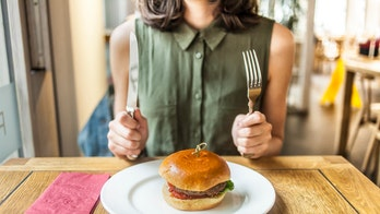 Eating your food strangely will help you enjoy it more, study suggests