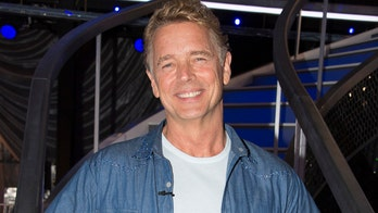 'DWTS' contestant John Schneider jokes 'there's alcohol waiting somewhere' at Season 27 premiere