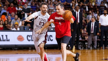 Jimmy Kimmel upset by Sen. Ted Cruz at charity basketball game