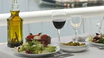 Mediterranean diet more effective than low-fat diet for slowing diabetes progression