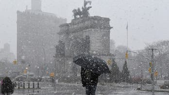 Nor'easter brings heavy snow, creates travel headaches across Northeast