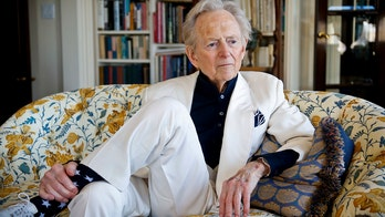Peggy Noonan: Hats off to Tom Wolfe, who chronicled 20th century America like no other