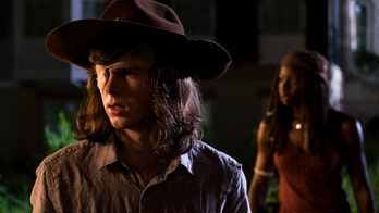 'The Walking Dead' Season 8 midseason premiere star teases dramatic death following Season 9 renewal