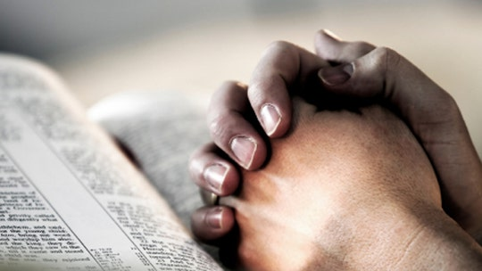 Atheists complain about back-to-school prayer event at Alabama high school