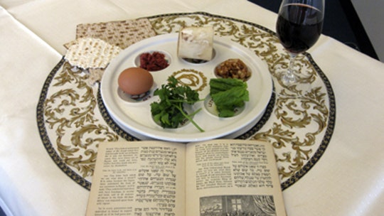 Dr. Marc Siegel: As coronavirus plague rages, Jews remember plagues on Passover – and my father was spared