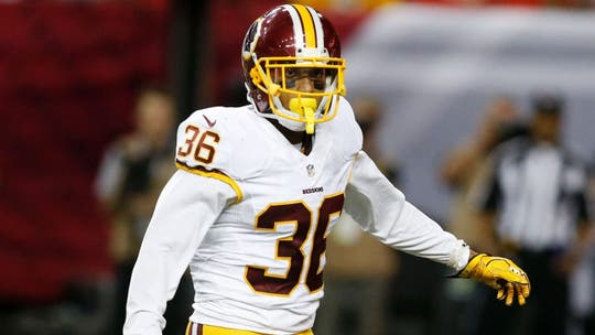 Ex-Washington Redskins defensive back alleges team mishandled injury, cut insurance