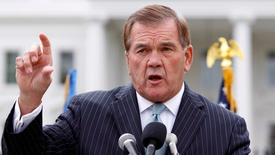 Tom Ridge says Trump's Ukraine call left him 'disappointed and troubled,' says he won't back president in 2020