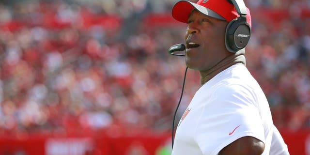 Dec 27, 2015; Tampa, FL, USA; Tampa Bay Buccaneers head coach Lovie Smith looks on against the Chicago Bears during the first quarter at Raymond James Stadium. Mandatory Credit: Kim Klement-USA TODAY Sports