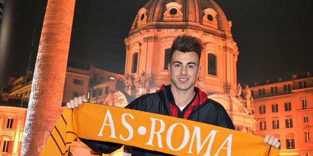 AS Roma new signing Stephan El Shaarawy poses with a club scarf on January 26, 2016 in Rome, Italy.