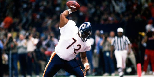 LOUISIANA, NO - JANUARY 26: William Perry #72 celebrates after scoring a touchdown against the New England Patriots during Superbowl XX at the Louisiana Superdome January 26, 1986 in New Orleans, Louisiana. The Bears won the Super Bowl 46-10. (Photo by Focus on Sport/Getty Images) *** Local Caption *** William Perry